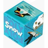 «Снег и северные животные. Книга в кубе» книга-панорама на английском Кис Моербека